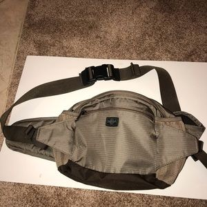 Eagle Creek Bags - Tan/gray Fanny Pack by EC